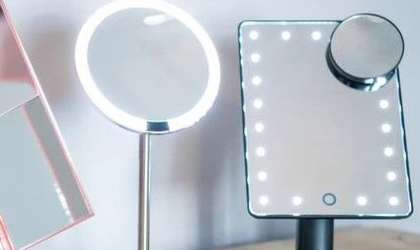 10 Best Lighted Makeup Mirrors for Flawless Foundation